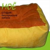 бескаркасный диван плюшка объем 800 литров, вес 12 кг.